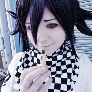 kokichi-selfie